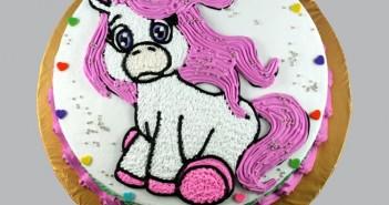 Những hình ảnh bánh sinh nhật hình con ngựa trong đáng yêu và ngộ nghỉnh 3