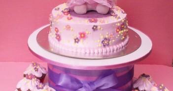 Những hình ảnh bánh sinh nhật hình Mèo Kitty dễ thương đáng yêu nhất 3