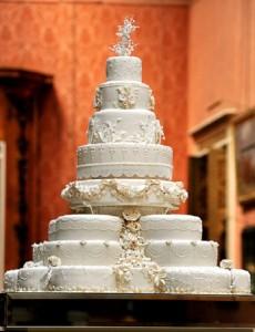 Những hình ảnh bánh kem cưới đẹp lãng mạn và lung linh nhất 10