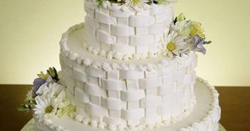 Những hình ảnh bánh kem cưới đẹp lãng mạn và lung linh nhất 7