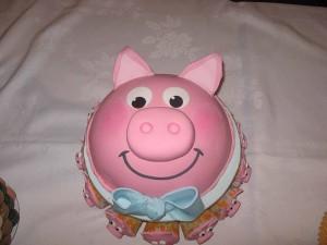 Những hình ảnh bánh sinh nhật hình chú heo trong cực dễ thương 5