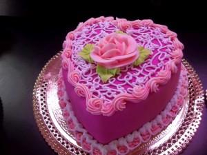 Những hình ảnh bánh sinh nhật màu hồng vô cùng dễ thương và lãng mạn 2