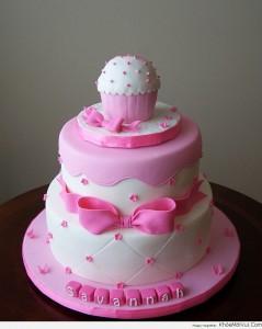 Những hình ảnh bánh sinh nhật màu hồng vô cùng dễ thương và lãng mạn 8
