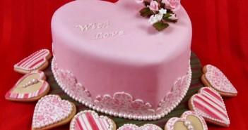 Những hình ảnh bánh sinh nhật trái tim dành tặng bạn gái vô cùng ý nghĩa 10