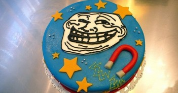 Những hình ảnh bánh sinh nhật vui nhộn hài hước nhất năm 2015 5