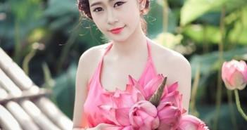 Những hình ảnh dễ thương của dàng hot girl nổi tiếng trên facebook 2