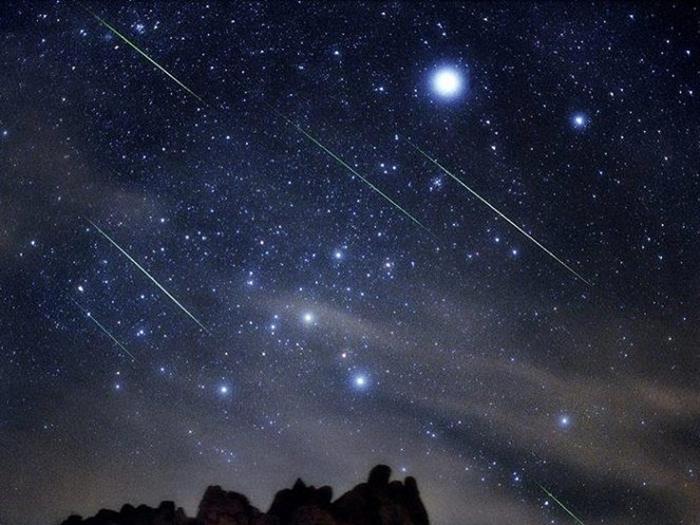 Những bức ảnh bầu trời đêm đầy sao đẹp lung linh huyền ảo 8
