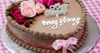 Tuyển tập những mẫu bánh sinh nhật dành tặng vợ vô cùng ngọt ngào và ý nghĩa 3