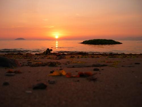 Biển Nha Trang hoàng hôn về đêm bình minh đẹp nên thơ 20
