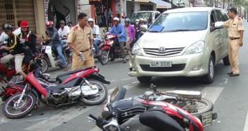 Hình ảnh tai nạn giao thông xe máy mới nhất chết người 3