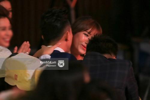 Hình ảnh Hari Won và Trấn Thành cặp đôi hot nhất hiện nay đang làm xôn xao cư dân mạng 35
