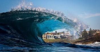 Hình ảnh biển đẹp với những cơn sóng cuộn tròn ấn tượng 11